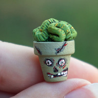 Halloween Dollhouse Miniature Zombie Plant Brain Cactus in Flower Pot