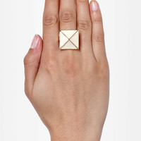 Tour of the Pyramids Statement Ring