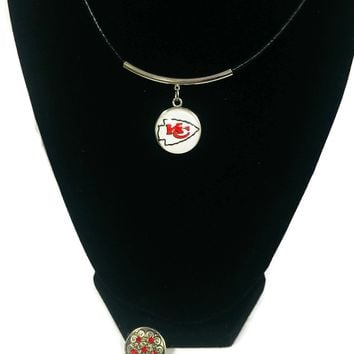 NFL Fashion Snap Jewelry Kansas City Chiefs Logo Necklace Set With 2 Charms For Football Fans