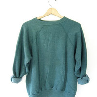 vintage thin sage green sweatshirt. slouchy grunge sweater. raglan sleeves. 80s crew neck pullover.