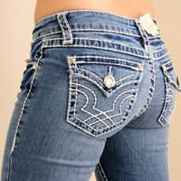 LA IDOL PLUS CLASSIC THREE RHINESTONE STUDDED LIGHT BLUE DENIM JEANS