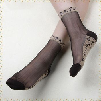 Leopard print and bow tie ultra thin Crystal lace short sock