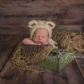 Bear Hat in Size 0-3 mos, Bonnet, Cream Bear Hat, Teddy Bear Hat, Photo Props, Photography Props, Baby Bear Hat, Teddy Hat, Beanie