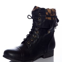Style Unfolds Red Zipper Fold Down Combat Boots - Black