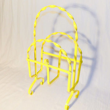 Mid Century Yellow Magazine Rack Wrought Iron Twisted Metal Daisy Flower Book Rack Holder Girls Room Living Room Bathroom Decor Hand Painted