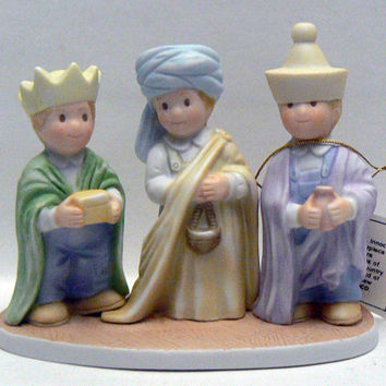 We Three Kings Home Interior Gifts Circle of Friends Wisemen by Masterpiece 1 in Series Matthew 2:2 1996 Ceramic Homco Figurine Wise Men