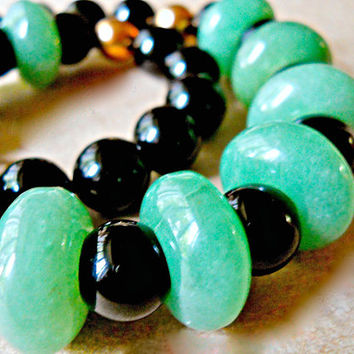 Aventurine Onyx Necklace, Artisan Hand Crafted, Vintage