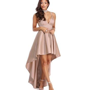 Lizbeth Champagne Classic Twist Formal Dress