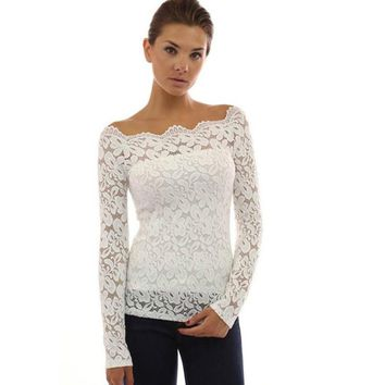 Collarless long-sleeved lace shirt