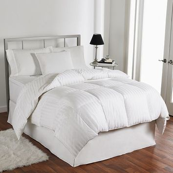 LC Modern Classics 500 Thread Count European Duck Down Comforter