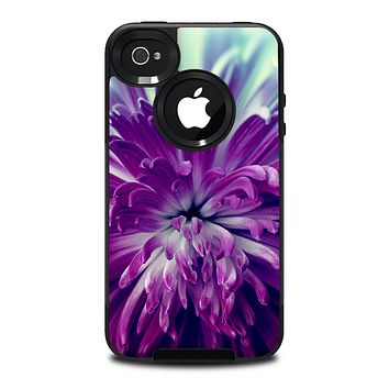The Vivid Purple Flower Skin for the iPhone 4-4s OtterBox Commuter Case