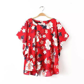 Stylish Floral Print Round-neck Split Short Sleeve Bat Tops T-shirts [5013406468]