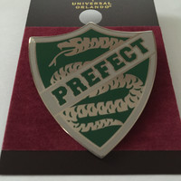 Universal Studios Wizarding World of Harry Potter Slytherin Prefect Pin New Card