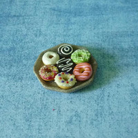 Doughtnut Miniature Donut round plated dessert Mini donut Dollhouse food Dollhouse miniatures/ tiny food/ polymer clay miniatures