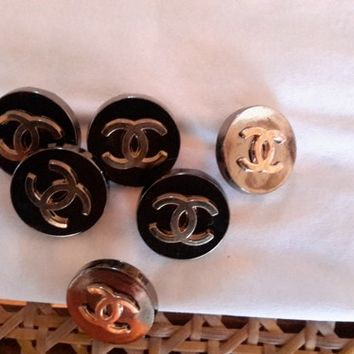 Lot of 6 CC Logo CHANEL Replica Buttons New