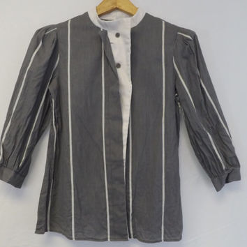 Vintage 1970s 80s Gray White Striped Victorian Edwardian Blouse Boho Prairie Shirt Pioneer Top Retro Boho Mod School Girl Hipster Button up