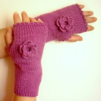 Lilac Pink Fingerless Gloves with Crochet Flowers