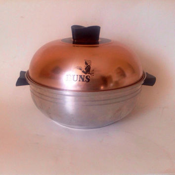 Vintage West Bend Bun Warmer-Three Piece Aluminum-Copper Aluminum-Bakelit Handle-Vintage Kitchen-Mid Century Kitchen-Roll Warmer-