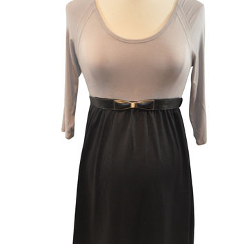 Gray & Black Belted Dress by Maternal America