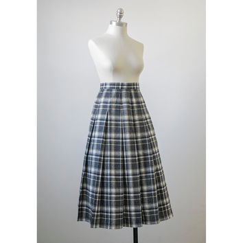 Vintage 50s Skirt / Pendleton Tartan Plaid Wool Circle Skirt / 1950s Skirt / Grey Black White Yellow Pleated Swing Skirt / Medium M