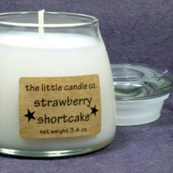 Soy Jar Candle // Strawberry Shortcake // Highly Scented Container Candle // Mother's Day Gift // Wedding Favor // Primitive Home Decor