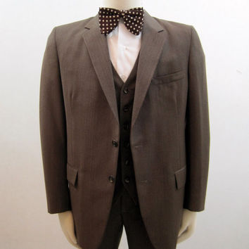 80s Suit Vintage Men's Three Piece Grey Brown 41
