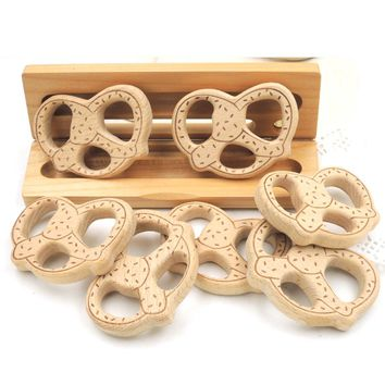 10pcs Wooden Biscuits Cookies Wood Teether Chew Teether Toys NURSING Pandent BABY TEETHER TOY ENGRAVING SPECIAL GIFT EA258