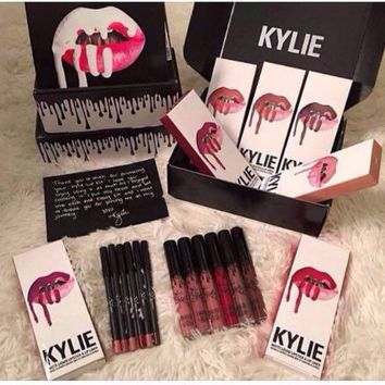 Kylie Jenner Lipstick Kit-2pc – 25 Hot Deals