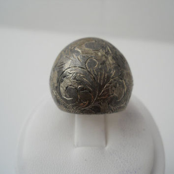 Sterling Silver 925 Large Etched Floral Dome Ring Size 7 Siam 925
