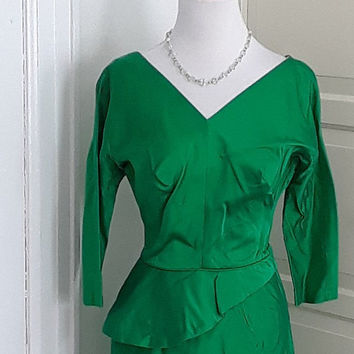 1950s Emerald Green Satin Wiggle Dress, Peplum, Cocktail Dress, Party, Size Small, 35B/26W