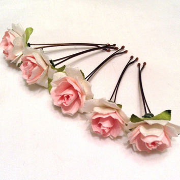 hair accessories. hair pins. bobby pins. flower hair pin. wedding hair pins. bridesmaids. flower girl. floral hair accessories. pink.