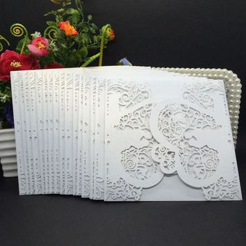 40pcs Delicate Iridescent Pearl Paper Wedding Invitation Card Heart Pattern Hollow Out Carved Crafts Card for Wedding Party
