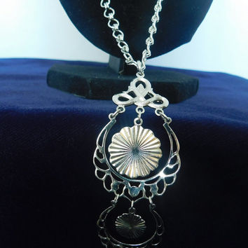 Sarah Coventry SNOW LACE 1975 NEW Vintage Designer Glistening Circle Discs Silvertone Dangling Necklace Clip Earrings Signed Set! 304