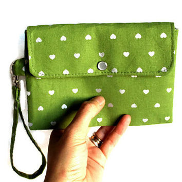 Green and silver wristlet, small wristlet, cell phone pouch, bridesmaid bag, bridal gift, purse organizer,  green and silver hearts.