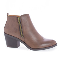 Saddle Brown by Soda, Brown Pu Women's Chunky Block Heel Ankle Booties W Zipper