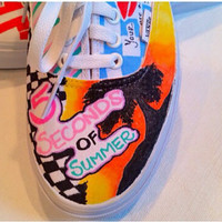 5 SECONDS OF SUMMER! Customized Vans Sneakers!