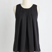 Mid-length Sleeveless Steadfast Class Top in Black