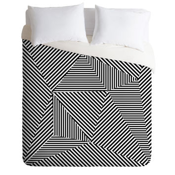 Three Of The Possessed Dazzle Apartment Duvet Cover