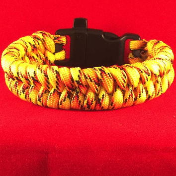 Zombie Alert Fishtail Paracord Bracelet with emergency Whistle Buckle