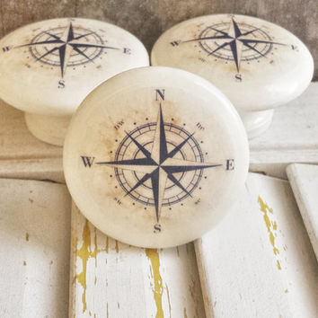 Handmade Nautical Birch Wood Knob Drawer Pulls, Antique Style Navy Blue  Compass Cabinet Pull Handles