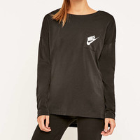 Nike - T-shirt Signal à manches longues noir - Urban Outfitters