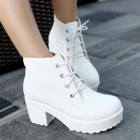 Ladies Thick heel platform Boots