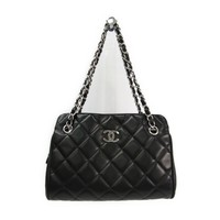 Chanel Matelasse Lambskin Chain Tote Women's Leather Tote Bag Black BF312487
