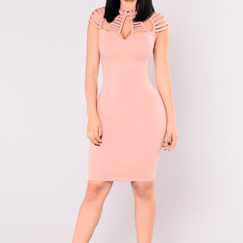Stop and Stare Dress - Mauve