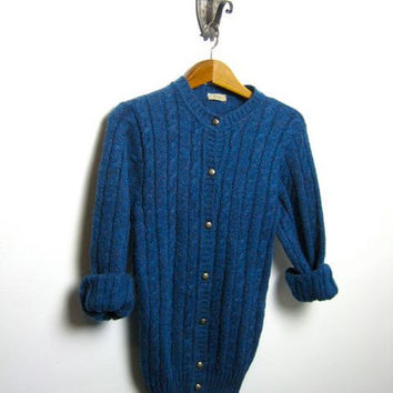 vintage 70s deep blue cable knit cardigan sweater // Italian fisherman