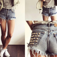 Fall Dome, High Waisted Levis Shorts