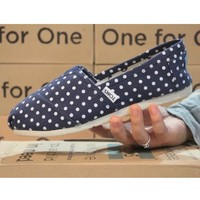 Toms Casual Slip Ons Womens Classic Canvas Shoes Navy Blue Polka Dot