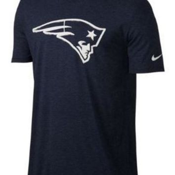 ICIKG8Q NFL New England Patriots Mens Nike Fresh Stamp T-Shirt