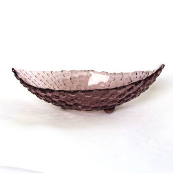 Small bowl. Candy dish. Trinket dish. Textured glass footed bowl. Purple bowl. Small purple footed glass bowl. Vintage.