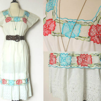Vintage Mexican Embroidered Dress with Crochet Cut by BoWinston